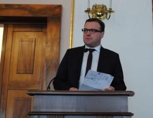 Radosław Witkowski na sesji rady miejskiej