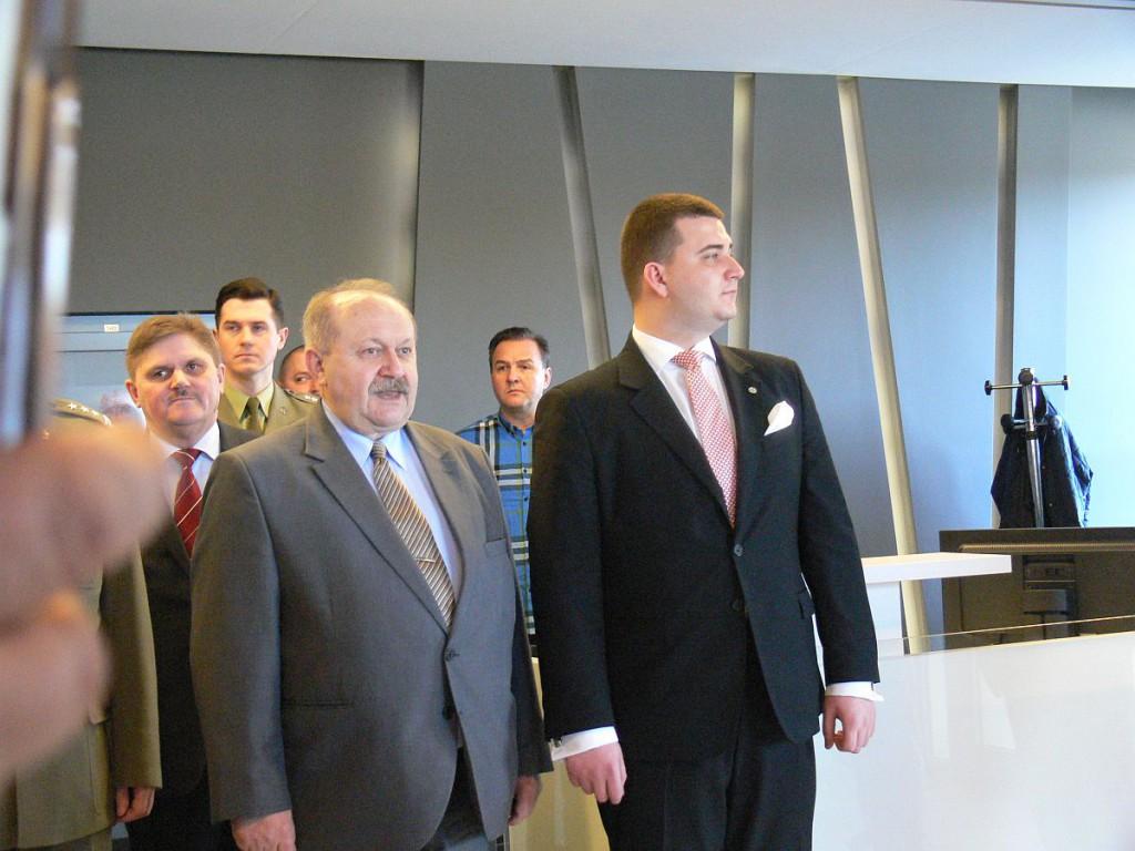 Misiewicz 23 marca 2016 roku w Fabryce Broni w Radomiu