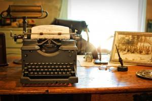 typewriter-2095754_960_720