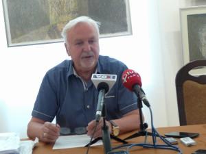 Przewodniczącym jury jest Andrzej Sobieraj