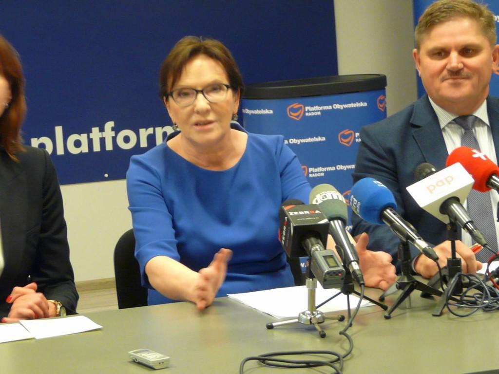 Ewa Kopacz krytykuje zmiany w służbie zdrowia