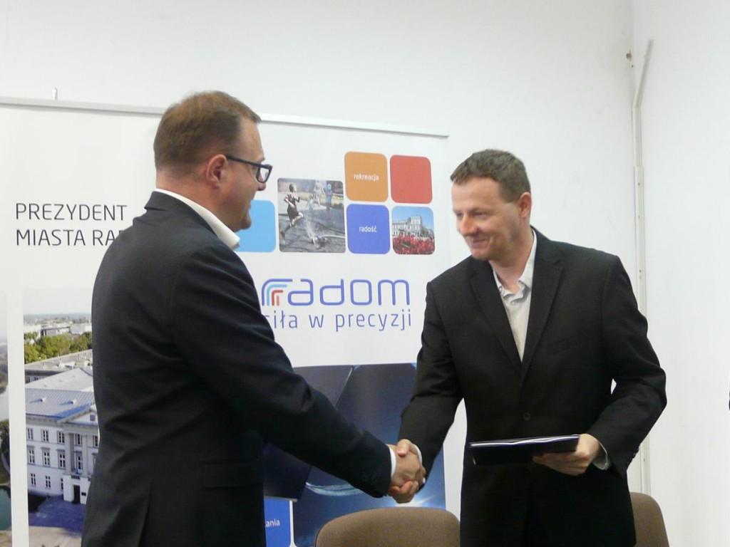 Umowę podpisał prezydent Witowski i prezes Grzenia
