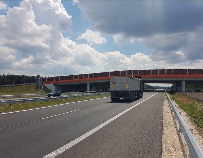 W czerwcu oddano do użytku odcinek od zachodniej obwodnicy Radomia do granicy województwa świetokrzyskiego