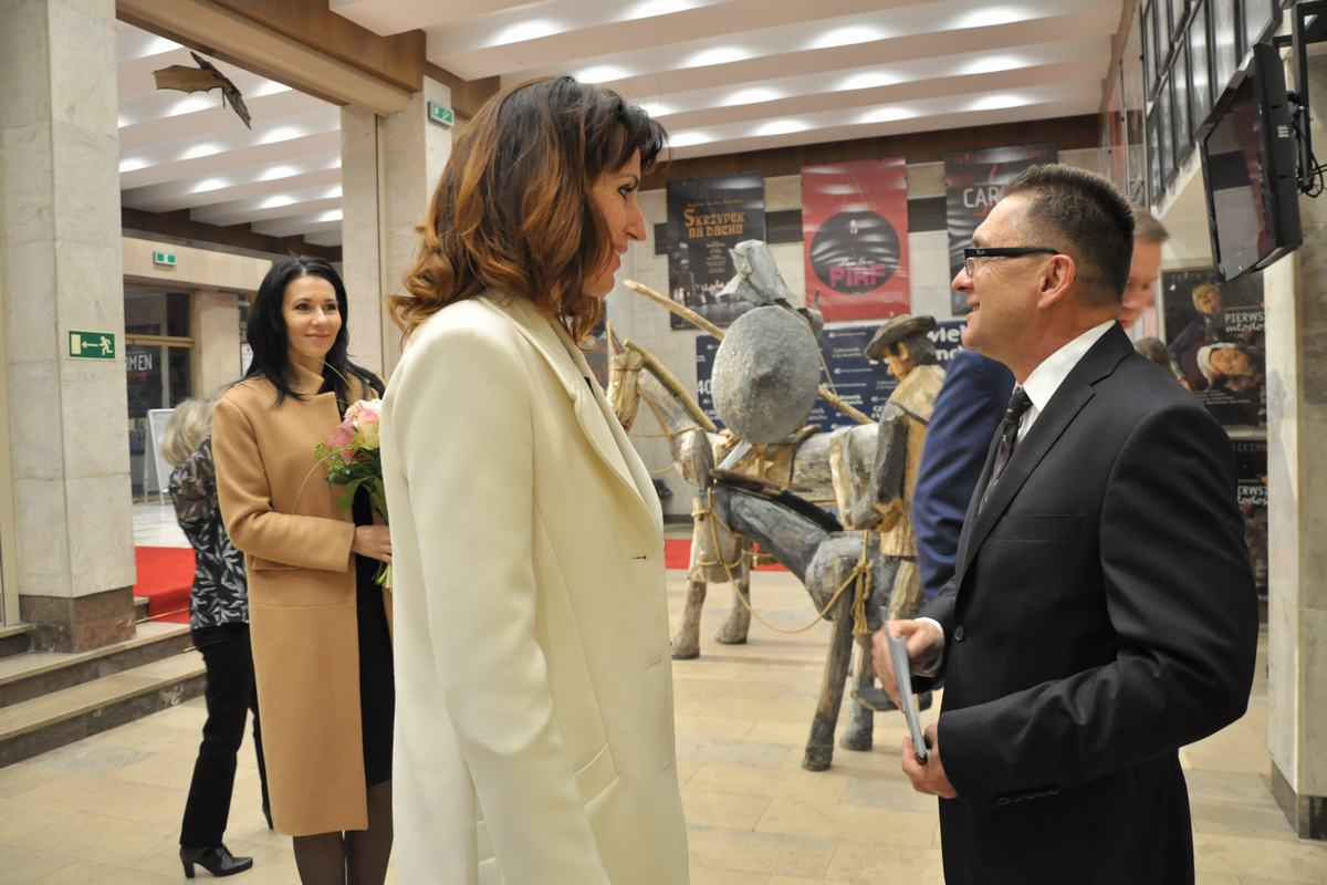Dyrektor Rybka w rozmowie z posłanką Anną Białkowską