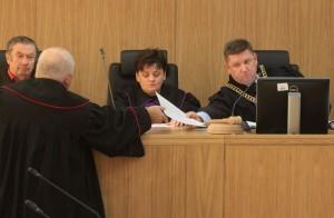 Sędzia Stanisław Olchowy (pierwszy z prawej) orzekał w wydziale karnym Sądu Okręgowego