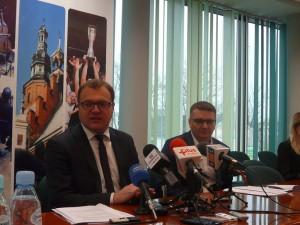 Prezydent Radosław Witkowski i skarbnik Sławomir Szlachetka zaprezentowali projekt budżetu dziennikarzom