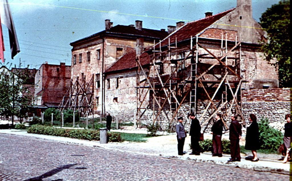 Prace konserwatorskie przy baszcie w 1967 r. Fot. W.Kalinowski
