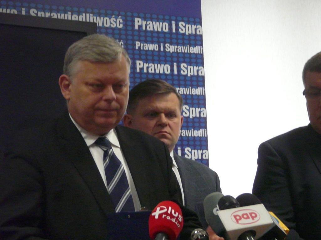 """Marek suski i Wojciech Skurkiewicz zarzucają prezydentowi, że """"nic nie robi"""""""