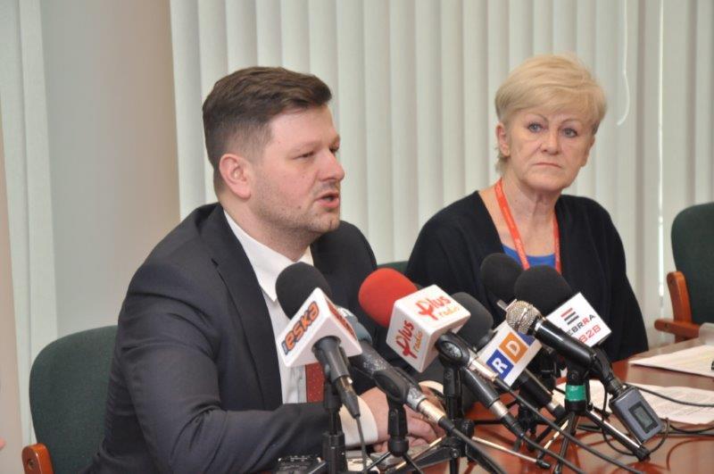 Wiceprezydent Zawodnik i dyrektor Krugły zachęcają do składania wniosków