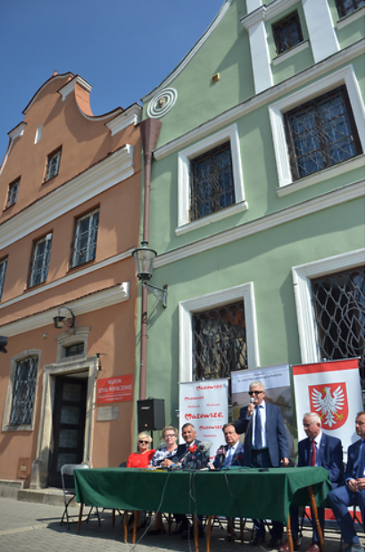 Domy Gąski i Esterki przejdą gruntowną renowację