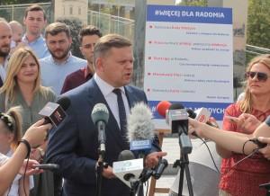 Wojciech Skurkiewicz na jednej z konferencji prasowych