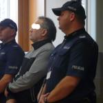 Sąd  skazał Piotra W. na 25 lat więzienia i orzekł, że musi  zapłacić na rzecz każdego ze swych trojga dzieci po 200 tys. zł zadośćuczynienia za doznaną krzywdę