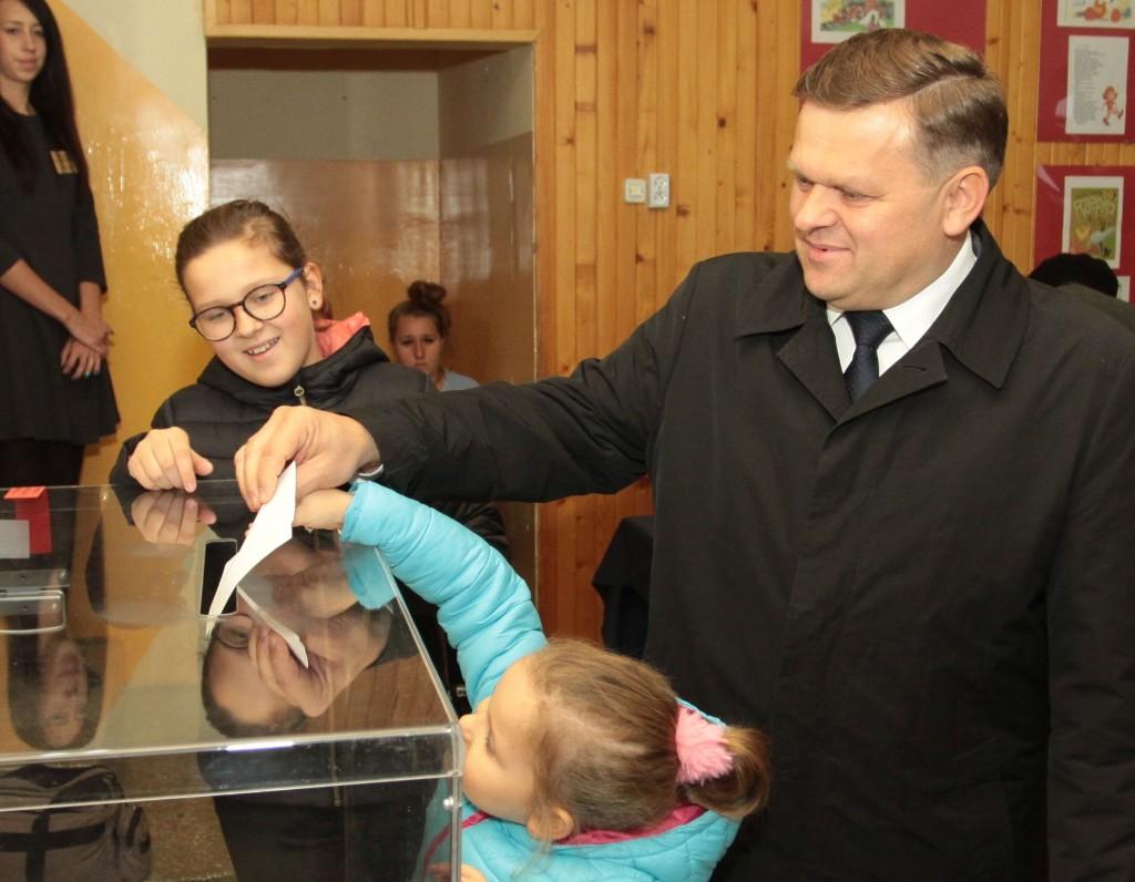 Wojciech Skurkiewicz głosował w towarzystwie rodziny