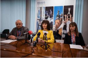 Do składania wniosków zaprasza wiceprezydent Kalinowska ( środku)