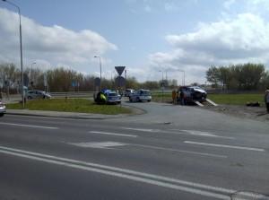 Jak już pisaliśmy, do jednej z kolizji doszło na skrzyżowaniu Żółkiewskiego i Zbrowskiego