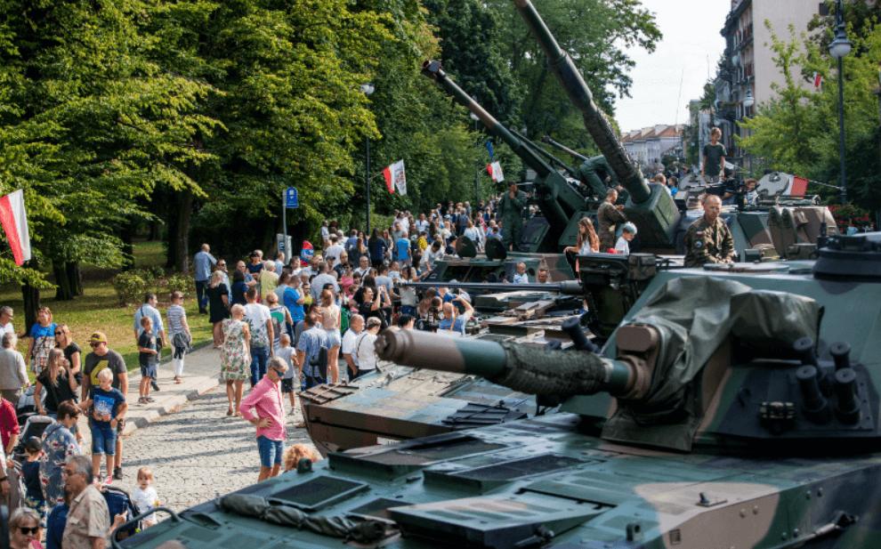 Screenshot_2019-08-16 Święto Wojska Polskiego(17)