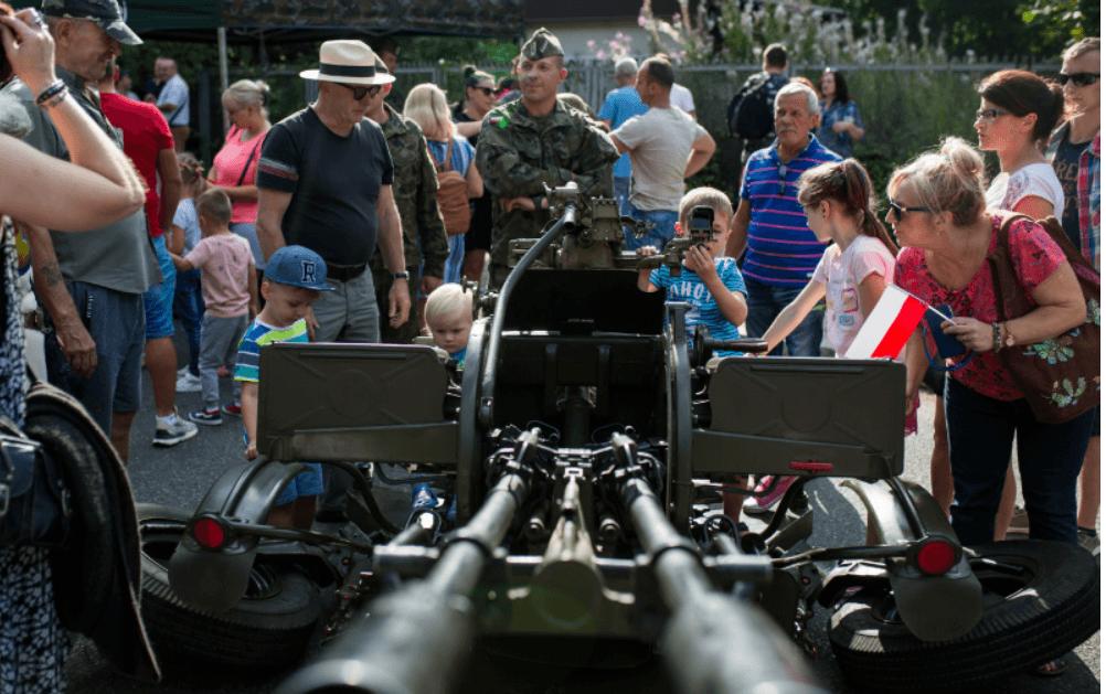 Screenshot_2019-08-16 Święto Wojska Polskiego(23)