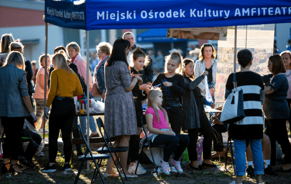 Screenshot_2019-09-22 Festyn w parku na Obozisku(15)