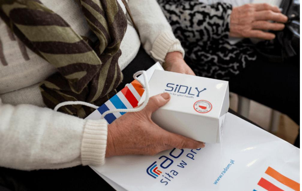 Screenshot_2019-10-08 Seniorzy otrzymali teleopaski(1)