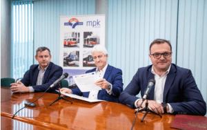 O dofinansowaniu do zakupu autobusów poinformował prezydent Radosław Witkowski