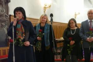W imieniu fundacji nagrodę odebrała Ewa Gęga-Osowska