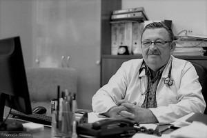 dr Grzegorz Stolarek